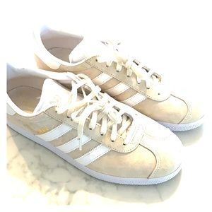 Adidas Gazelles ivory/beige/white suede